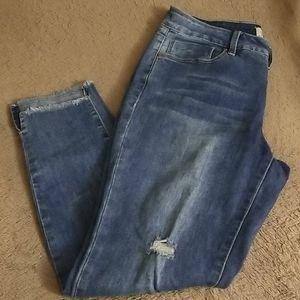 ROYALTY FOR ME - fringed hem jeans
